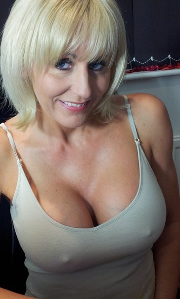 Mature ladies with big tits porn photo 21 photo