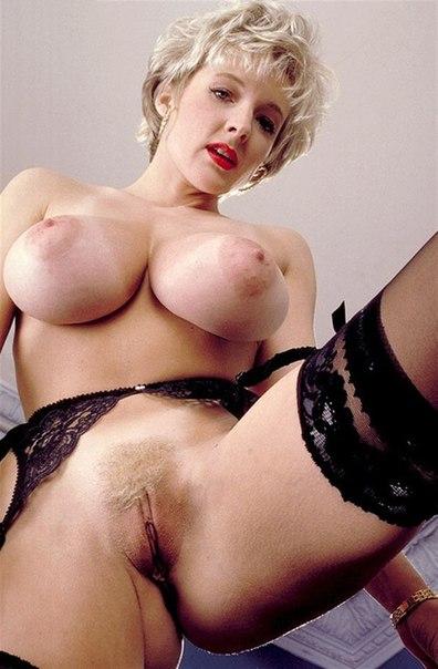 Mature ladies with big tits porn photo 15 photo
