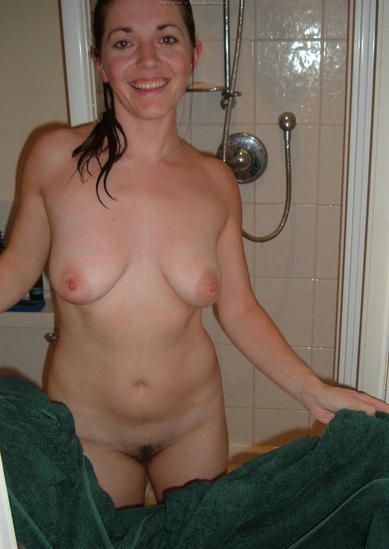 Wife does not constrain her vulgar desires and fantasies 4 photo