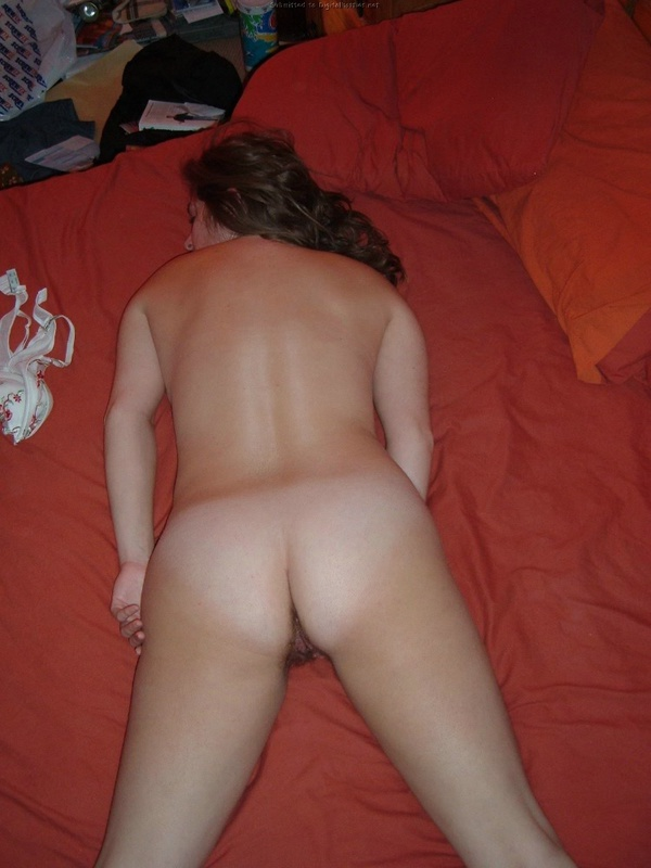 Wife does not constrain her vulgar desires and fantasies 14 photo