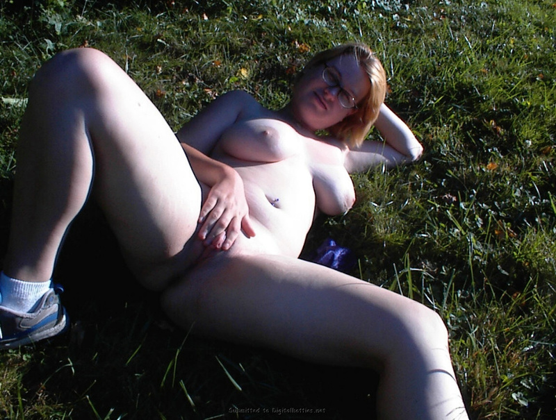 Fat woman with big tits no complexes 16 photo