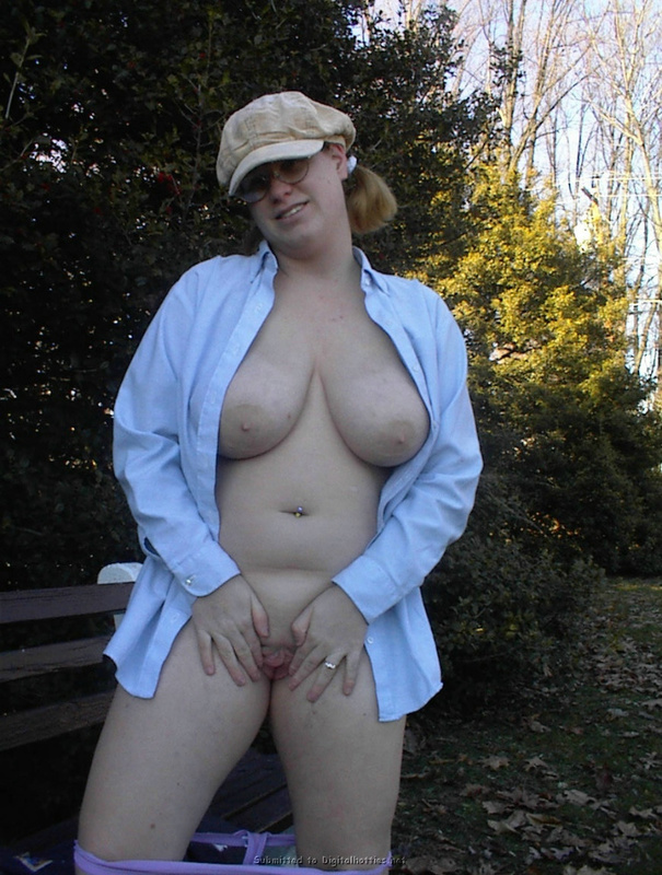 Fat woman with big tits no complexes 11 photo