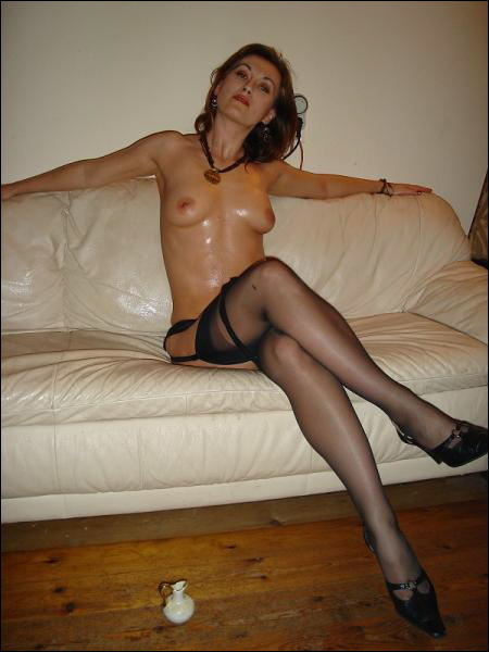 Shiny mom in sexy black lingerie and stockings 10 photo