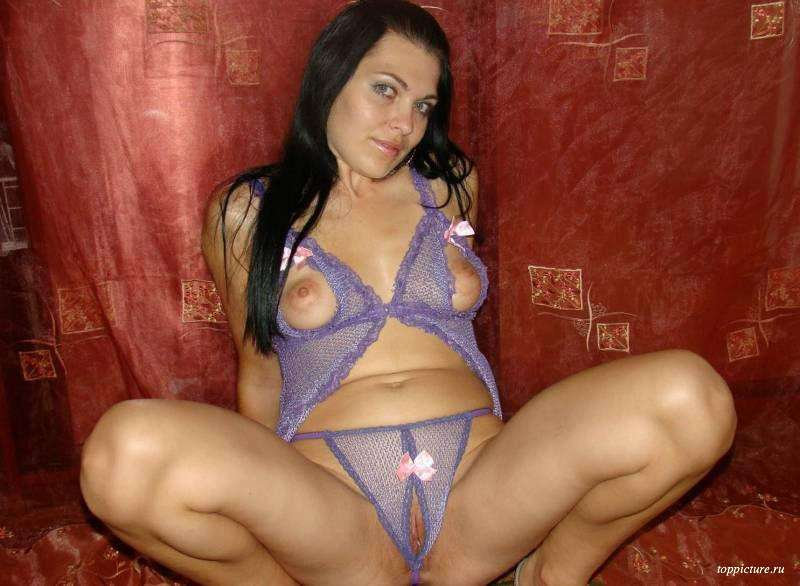 Wife posing naked and spreads legs 23 photo