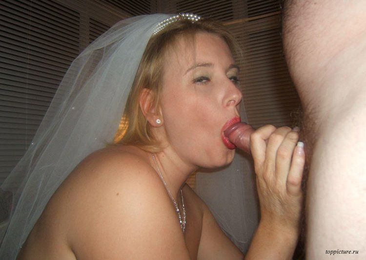 Wedding night horny bride who likes suck 4 photo