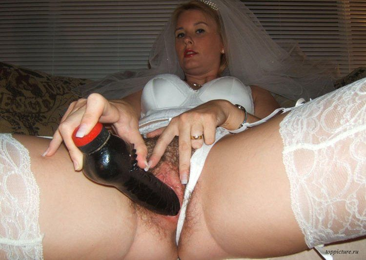 Wedding night horny bride who likes suck 29 photo