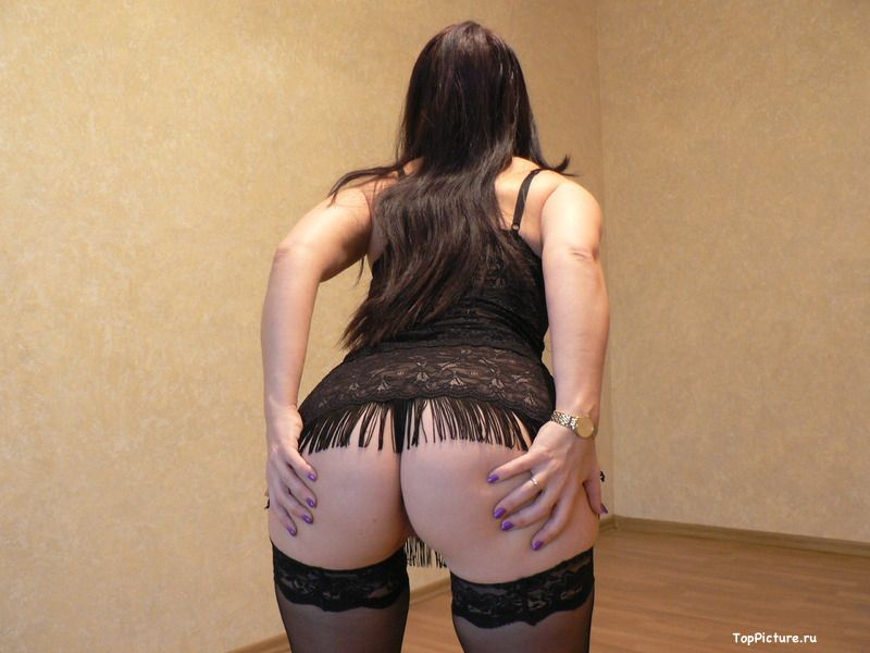 Naked wife in black stockings can not live without sex 5 photo