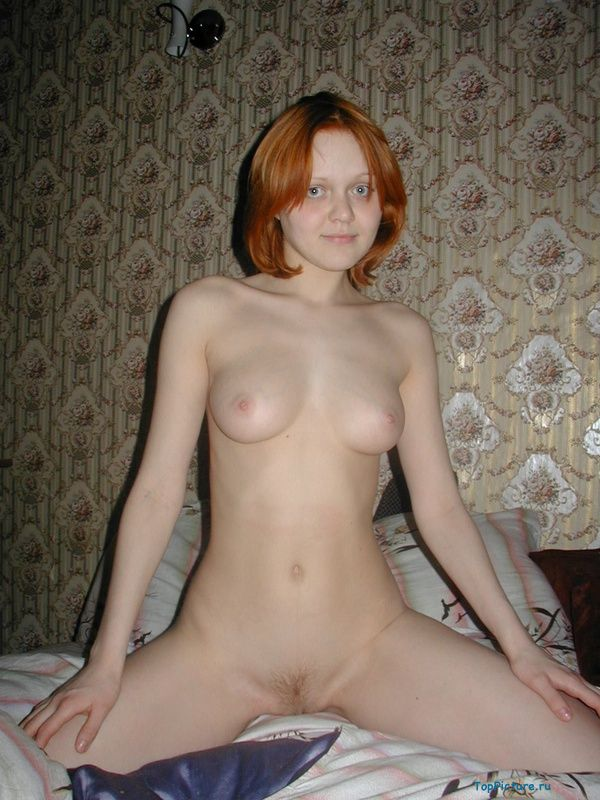 Redhead sucks her boyfriend and gives her pussy licking 20 photo