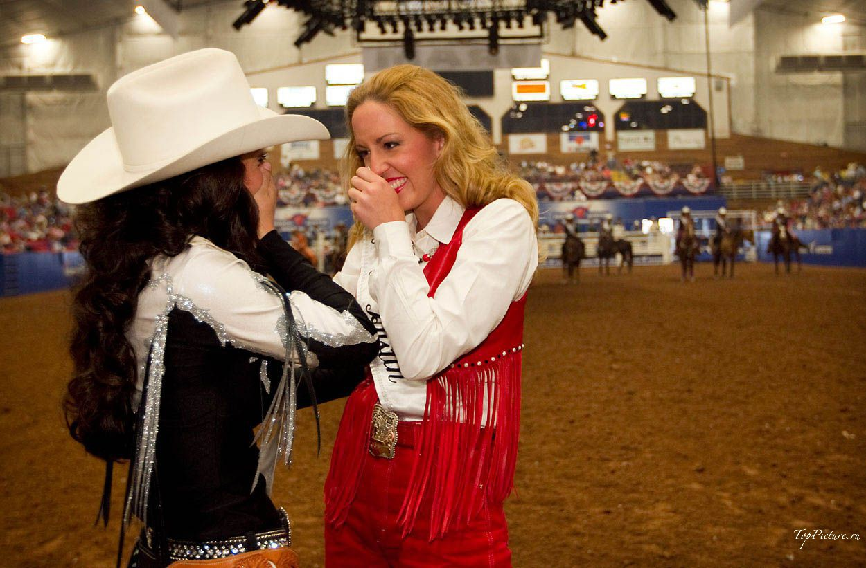 Showy photo beauties with Miss Rodeo 18 photo